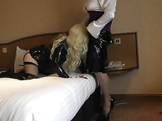 hd videos crossdresser (gay)